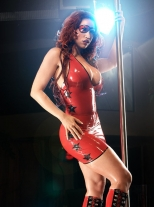 shooting-photo-bianca-beauchamp-fetish-sex-symbol-au-kingdom-001
