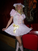 party-d-halloween-au-kingdom-2008-011